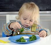 dítě zelenina_121027911maly